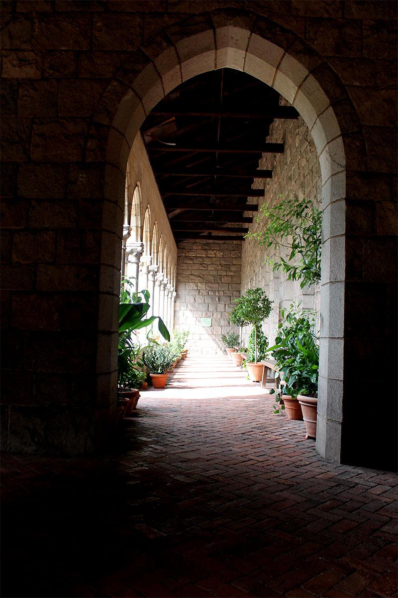 Entryway to Back Garden